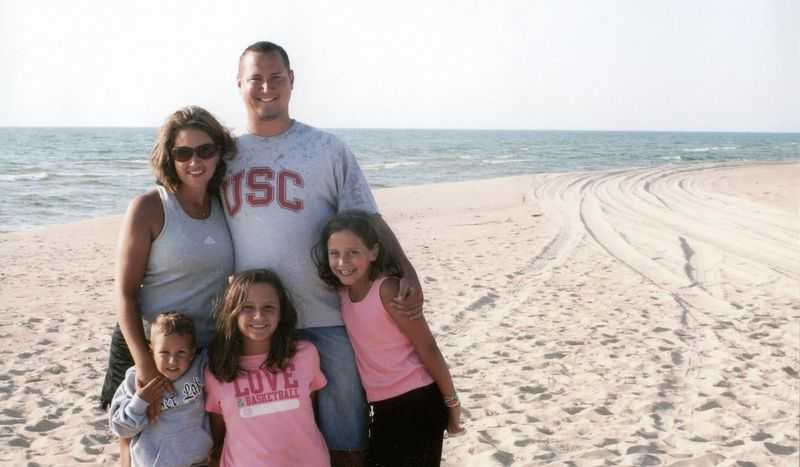 SMITH_FAMILY_ON_BEACH