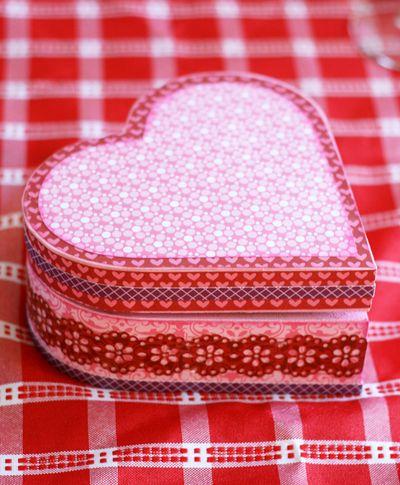 MJHamel_Valentine_alteredart 8