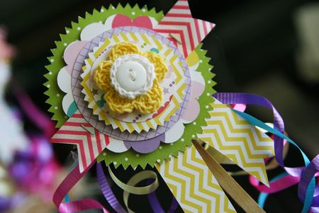 LauraVegas_BirthdayGirl_PaperAwardRibbons_AlteredProject7