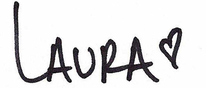 LauraVegas_Signature2