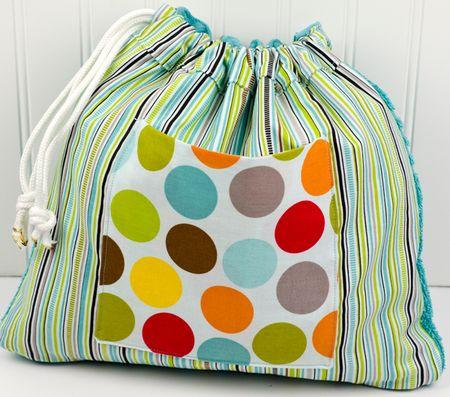 Bella-Blvd_Towel-Bag_Tiffany-Hood_detail-2a