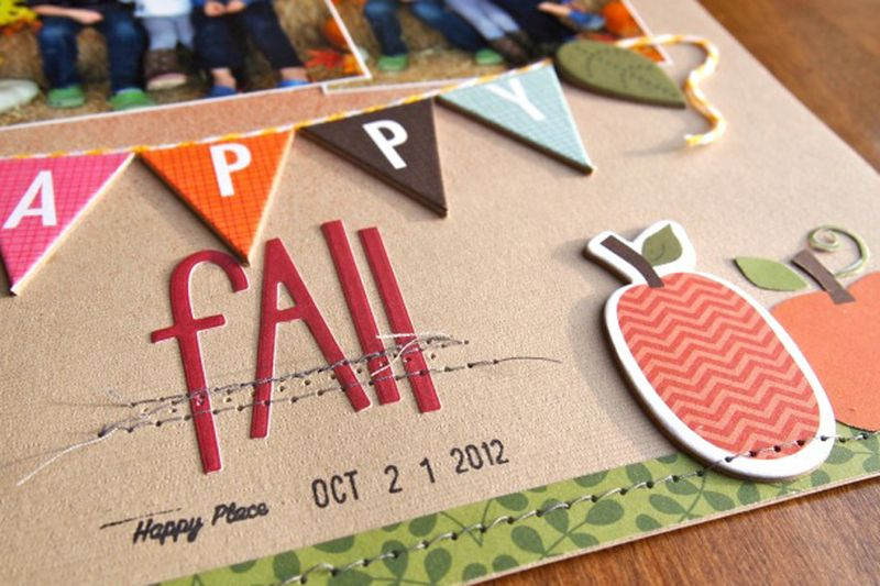 MalikaKelly_HappyFall_layout_detail3
