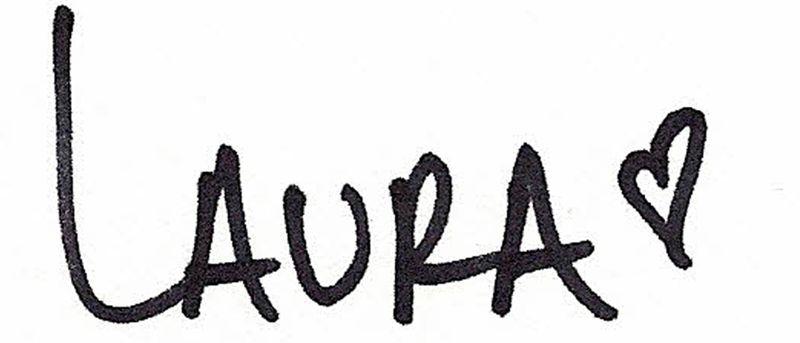 LauraVegas_Signatu