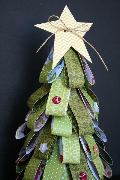 WendyAntenucci_ChristmasTree_detail1