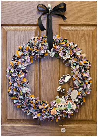 Bella-Blvd_Halloween-Wreath_Tiffany-Hood_detail-1