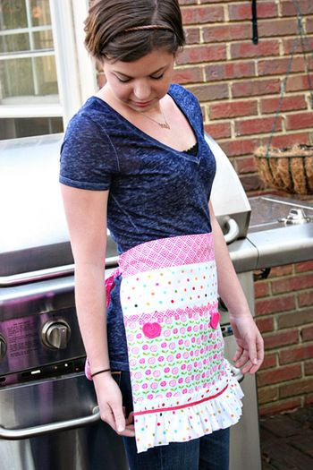 ChristineOusley_Apron3