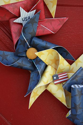 Jen Chesnick- Patriotic Wreath- Bella Blvd- Details2