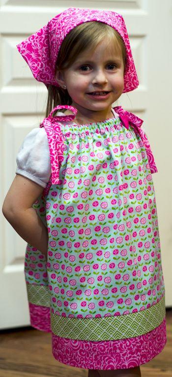Pillowcase-Dress_Tiffany-Hood_detail-1