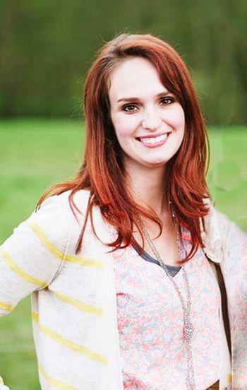 Paige Evans - Headshot