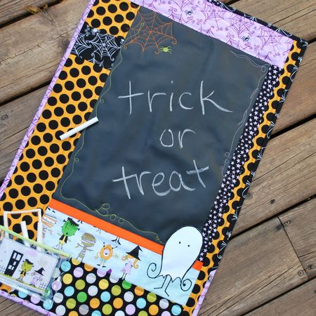 KathyFrye HalloweenChalkboard Photo 3