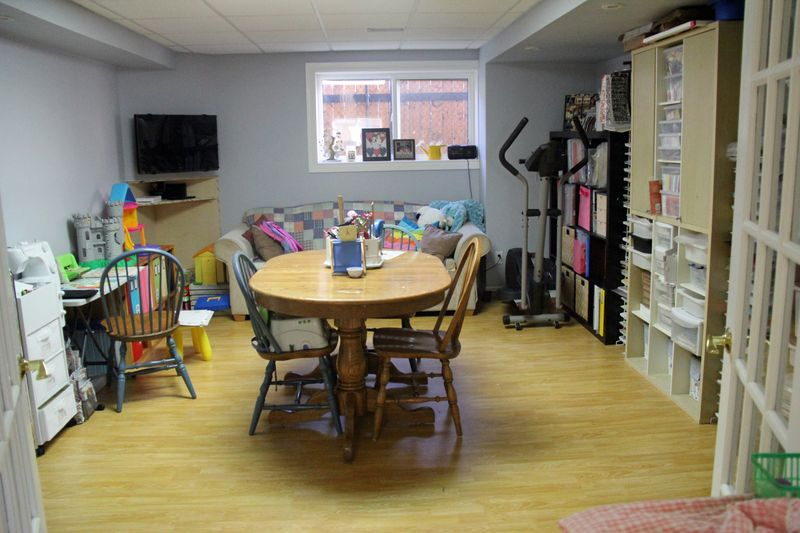 Jodi-Wilton-Room-1