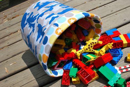 Kathyf photo 2 bucket of legos (2)