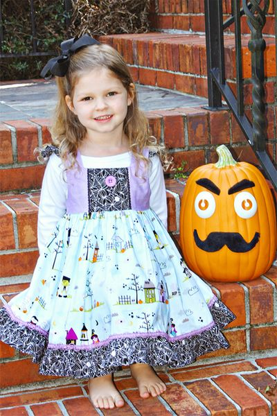 ChristineOusley_HalloweenDress3