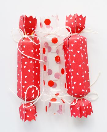 Bella Blvd_Leanne Allinson_Christmas Cracker_detail 2a