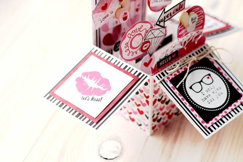 Julia Akinina- Valentina Card in a Box_details3