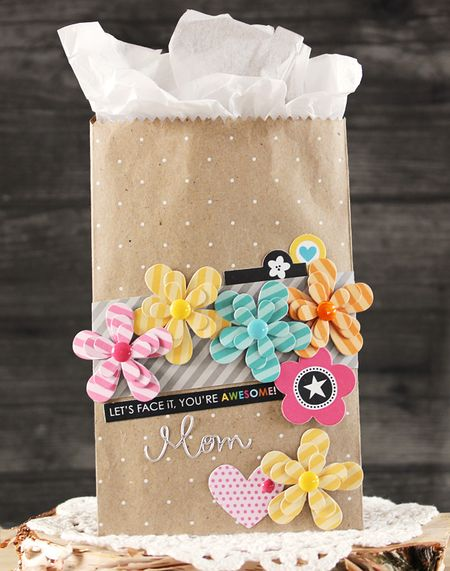 LaurieSchmidlin_MomGiftBag_AlteredProjects