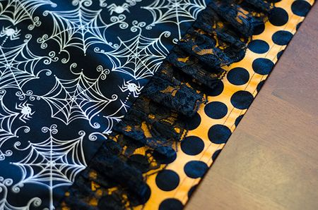 Halloween-Table-Runner.Tiffany-Hood.detail4