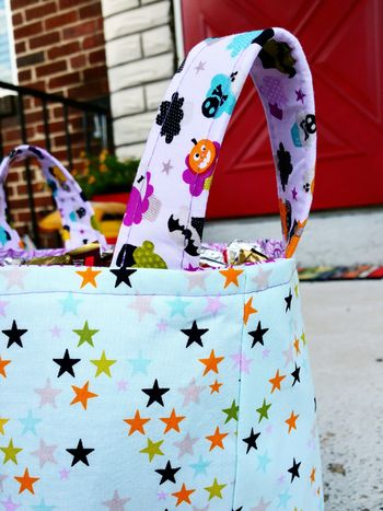 Jen chesnick-candy bucket-details2