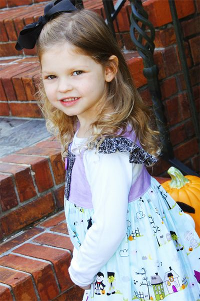 ChristineOusley_HalloweenDress4