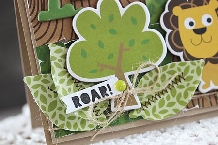 LaurieSchmidlin_Roar!(detail)_Card