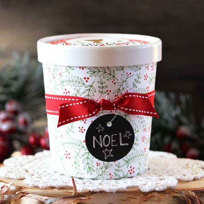 Noel Giftie by Laurie Schmidlin